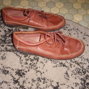Shoes - womens brown leather shoes 8.5